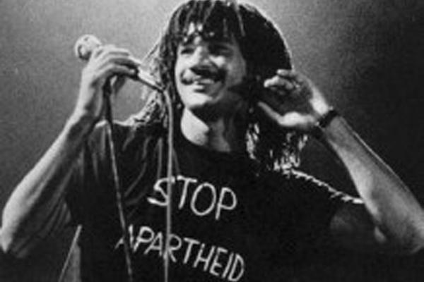 gullit apartheid ruud gullit política camisa racismo stop apartheid nelson mandela