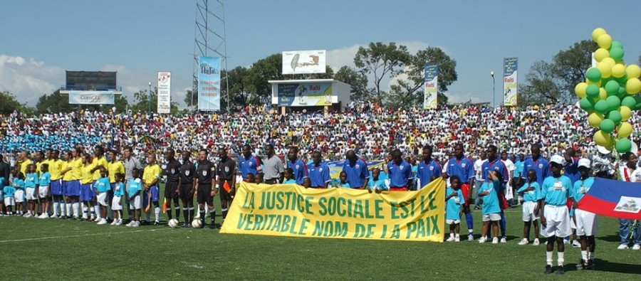 brasil haiti jogo da paz política 2004 amistoso política futebol seleção brasileira