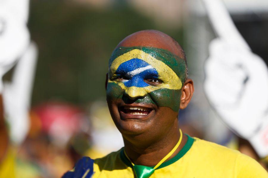 brasil sociedade cultura futebol política democracia igualdade Roberto DaMatta A bola corre mais que os homens Seleção brasileira país nação